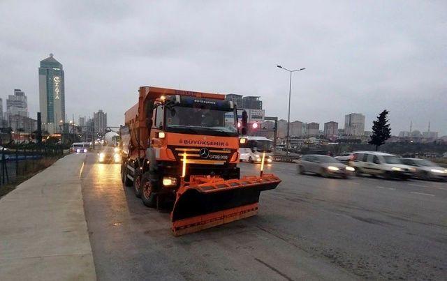 İstanbul'dan yılın ilk kar manzaraları!