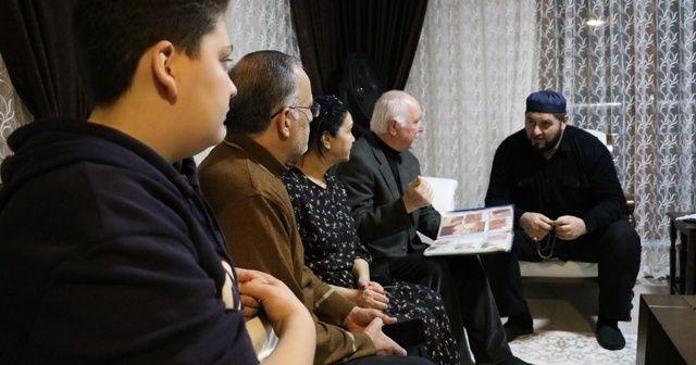 Sivas'ta 25 yıldır aradığı akrabalarını buldu