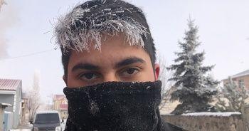 Soğuktan vatandaşların saçları ve kirpikleri dondu