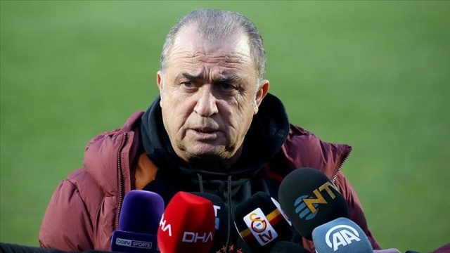 Galatasaraylı futbolcu Fatih Terim'i çıldırttı