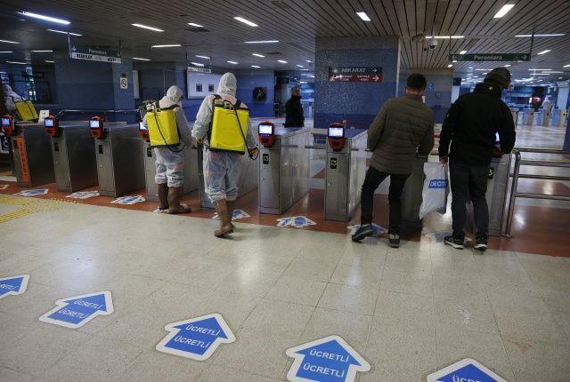 Başkentte metro ve Ankaray istasyonlarında 'virüs' temizliği