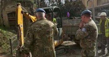 Rumlar Türk topraklarını ihlal etti! BM askerleri seyretti