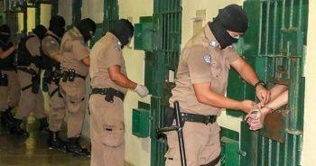 El Salvador'da mahkumlara benzeri görülmemiş hücre cezası