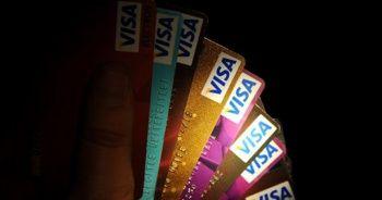 Kredi kartı kullananlar dikkat! Mahkemeden emsal 'aidat' kararı