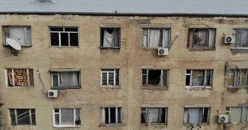 Kırılan camlar naylon ve kilimle örtüldü