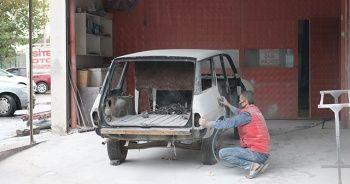 Araç fiyatları yükselince 1988 model aracını yeniledi