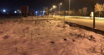 Ankara buz tuttu
