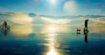 Çıldır Gölü dört mevsim rengarenk