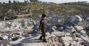İsrail askerleri Batı Şeria'da Filistinlilere ait bir evi yıktı