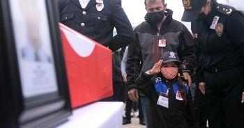 Şehit babaya asker selamlı uğurlama
