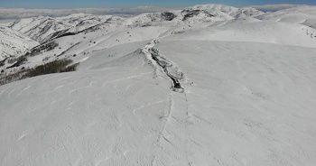 4 metre karla zorlu mücadele