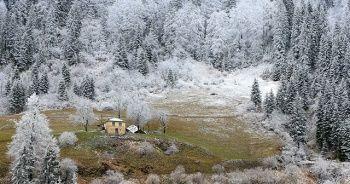 Zigana Dağı'nda iki mevsim bir arada