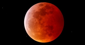İki olay bir anda yaşanacak! Süper Çiçek Kanlı Ay ne zaman?