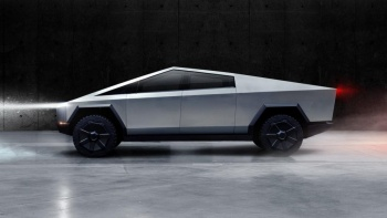 Tesla Cybertruck modelini New York'da görüntülendi