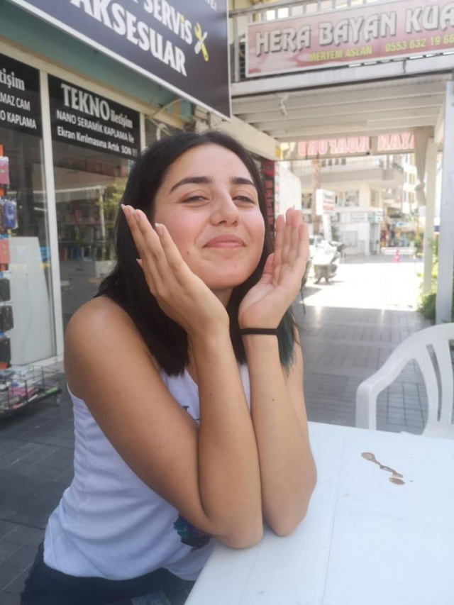 19 yaşındaki Melisa odasına bıraktığı notla ortadan kayboldu