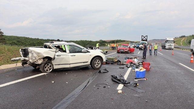 Kaza yapanlara yardıma giderken hayatını kaybetti