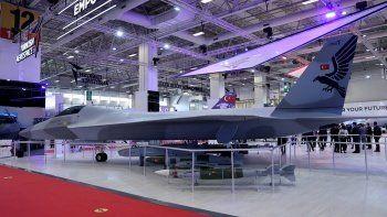 IDEF 2021'de savunma sanayii boy gösterdi