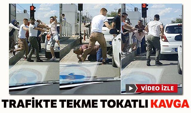 Trafikte tekme tokatlı kavga