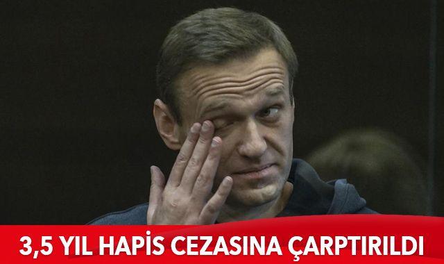 Navalny 3,5 yıl hapis cezasına çarptırıldı