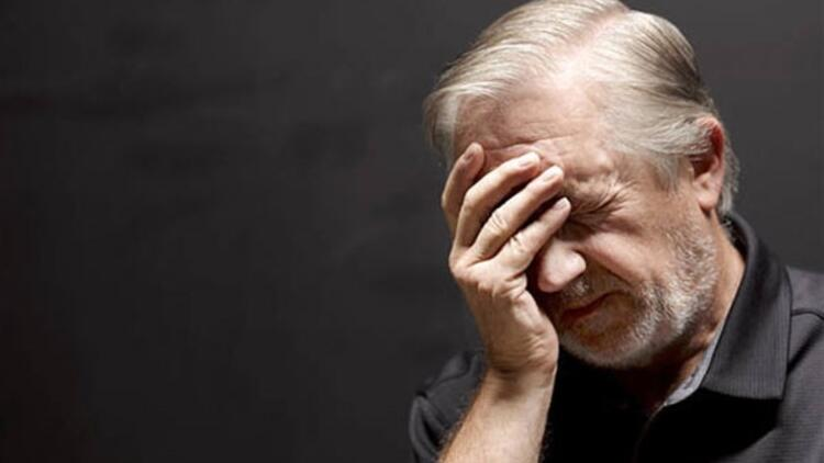 Alzheimer (Alzaymır) Hastalığı Nedir İlk Belirtileri Nelerdir?