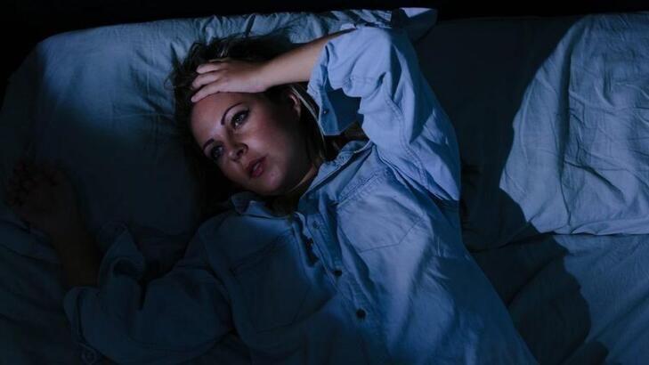 Yatar yatmaz nasıl uyunur? Hemen Nasıl Uyunur? Uyku kaçınca nasıl uyunur?