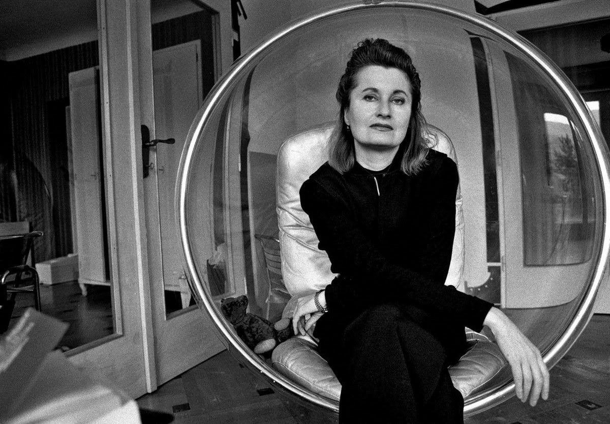 Elfriede Jelinek (1946 – …)