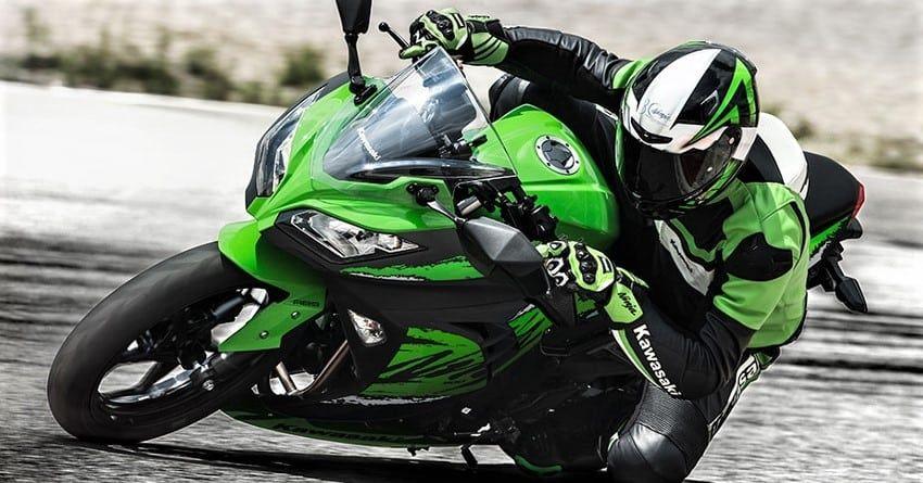 Kawasaki Ninja Yarış Motoru / Dünyanın En İyi Yarış Motorları Hangileri?