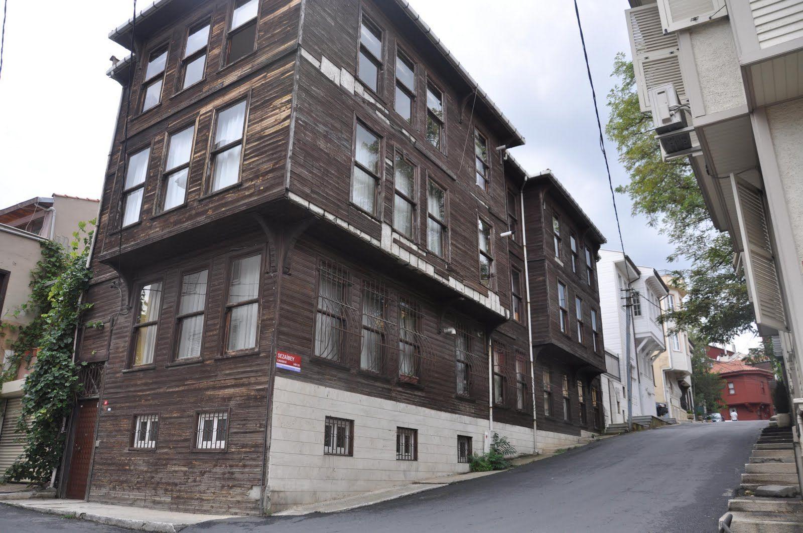 İstanbul'un Kitaplara Konu Olan Gizemli Mahalle ve Sokakları