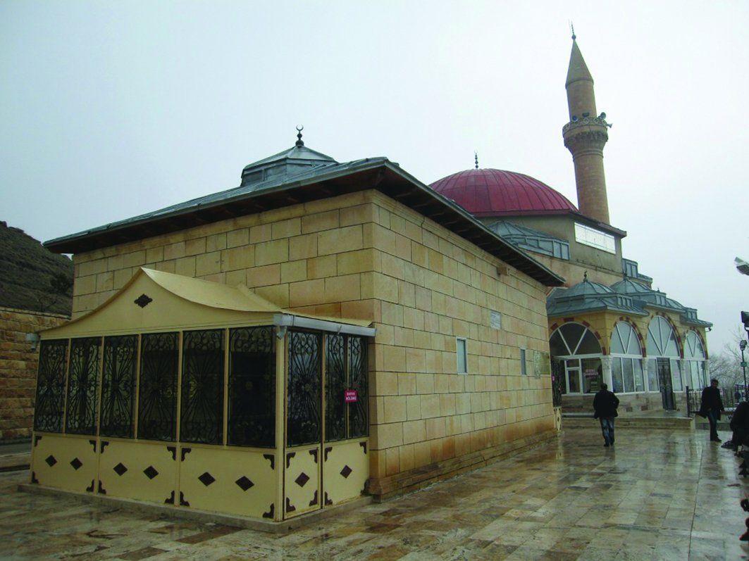 Abdurrahman Gazi Hz. Türbesi Erzurum