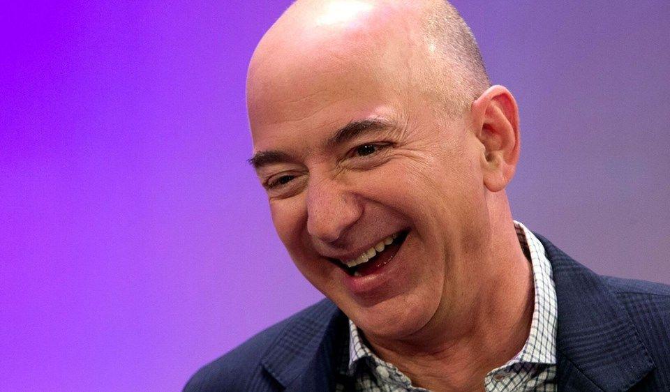 Dünyanın en zengini Jeff Bezos kimdir