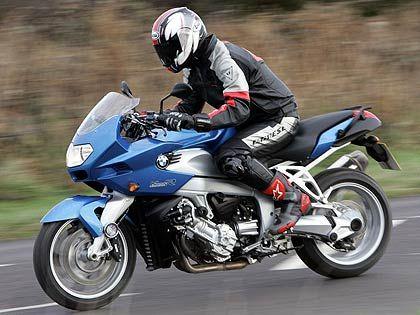 BMW K1200 S Yarış Motoru / Dünyanın En İyi Yarış Motorları Hangileri?