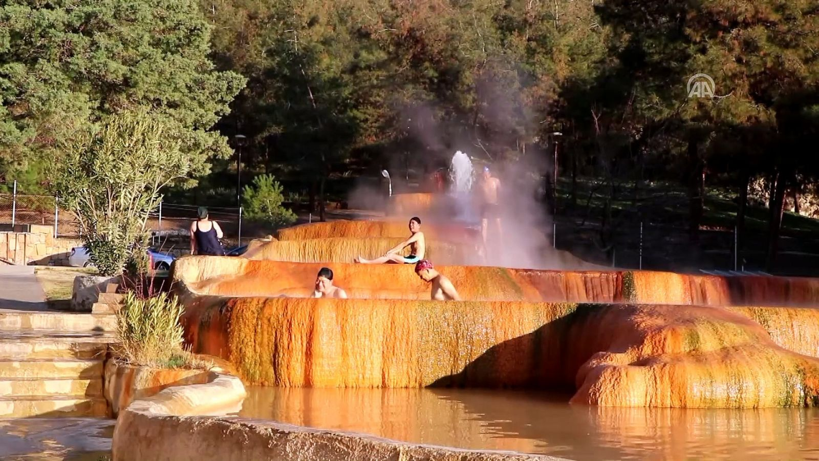 Şifalı Kırmızı Su: Karahayıt Kaplıcası