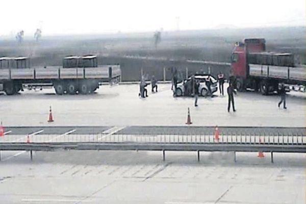Türkmenler'e yardım götüren TIR'a saldırı