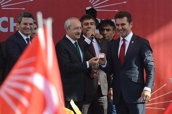 Sarıgül CHP kimlik kartını aldı