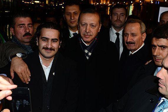 Başbakan Erdoğan'a Helsinki'de sıcak karşılama
