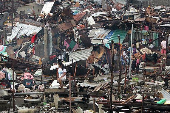 Haiyan tayfununda ölü sayısı bin 833'e yükseldi