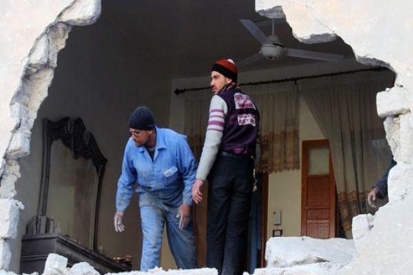 Halep'e varil bombası yağdı, 40 ölü