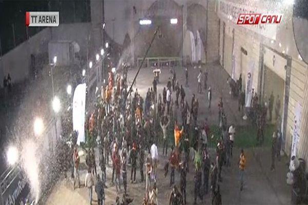 Galatasaray taraftarına kar sürprizi
