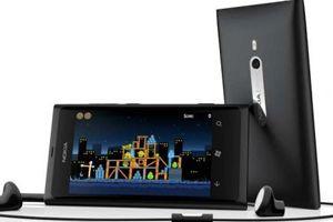 Merakla Beklenen Nokıa Lumia Black tanıtıldı