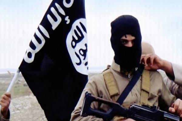 IŞİD Irak'ta 322 kişiyi infaz etti!