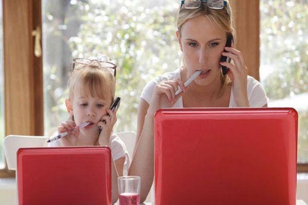 Çalışan anneye 'erken emeklilik' müjdesi