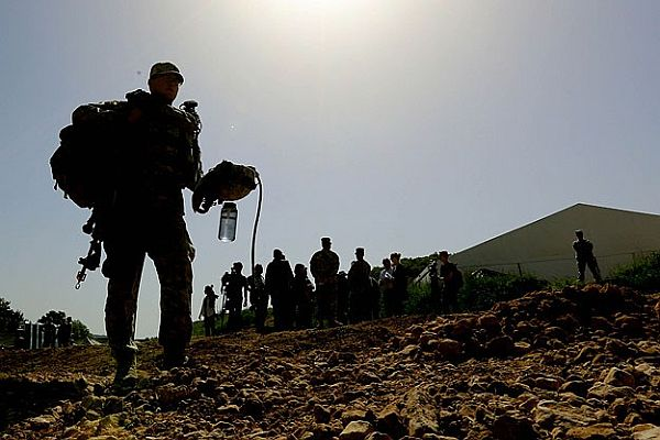 ABD, Irak'a 275 asker gönderdi
