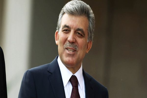 Cumhurbaşkanı Gül'den siyasete dönüş mesajı