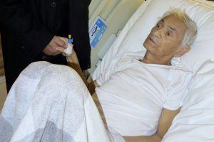 Adnan Şenses'e kemoterapi uygulanmaya başlandı