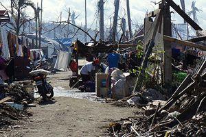 Filipinli afetzedelerin yaşam mücadelesi sürüyor