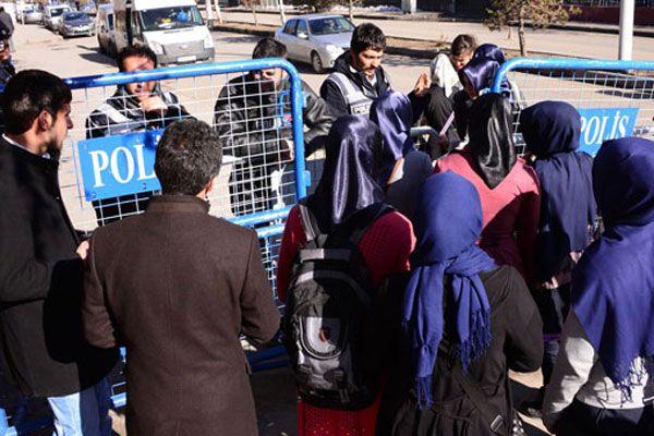 Ağrı'da oyların sayım işlemine yeniden başlandı