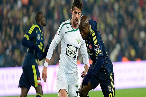 Akhisar- Fenerbahçe maçının  ilk 11'leri belli oldu