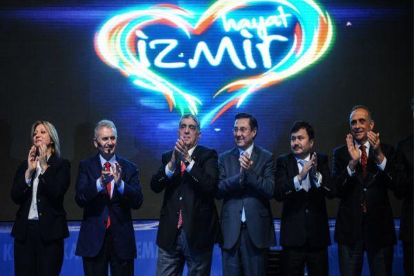 Binali Yıldırım'dan İzmir için 1414 proje