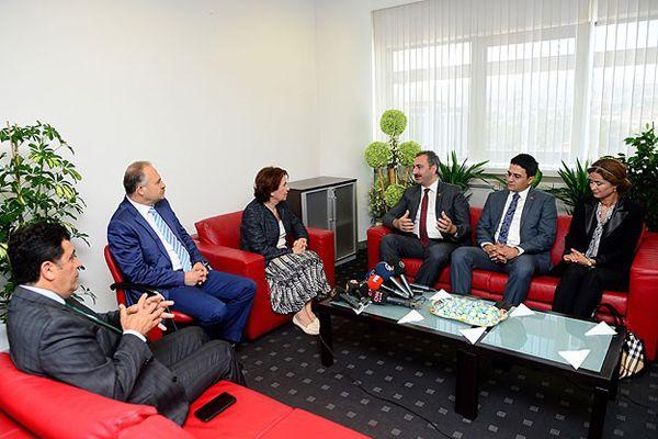 AK Parti'den CHP'ye bayram ziyareti