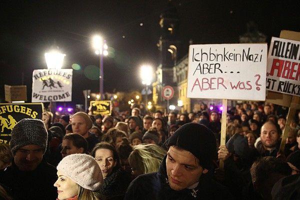 Almanya teröre ve ırkçılığa karşı sokağa iniyor